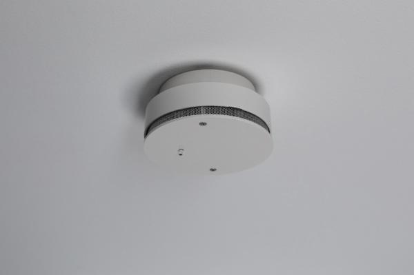 Bezdrôtové zabezpečenie domácnosti. Smart House by ELIS plus ponúka skvelý systém, vďaka ktorému bude Váš dom bezpečnejší.